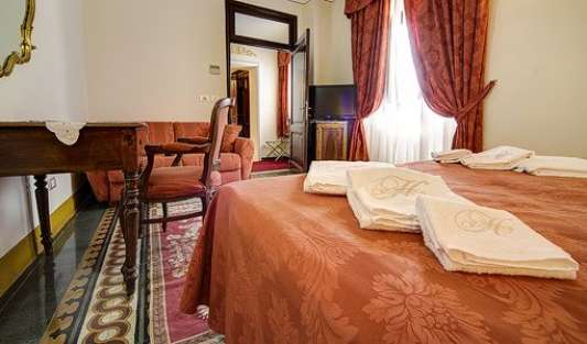 Hotels and hostels in Arezzo